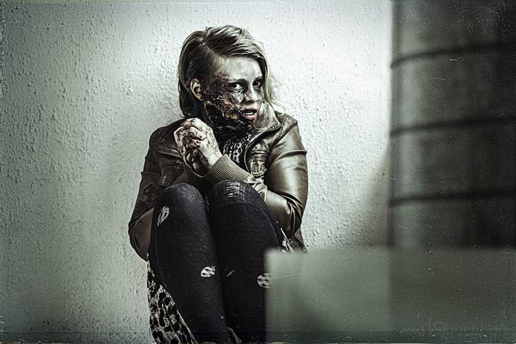 Wanted Undead Regie: Mikel Godling, Sven Knüppel Fotograf: Mirko Buchholz Special FX: Anna P. Zombie: Djamila Fristrup
